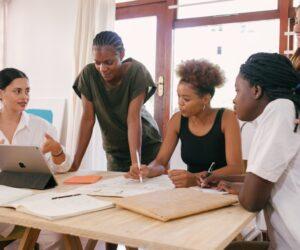Women's Social Entrepreneurship is back to Generation 2.0 RED!